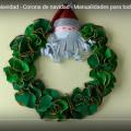 Aprende a hacer una Corona Navideña Con un Papá Noel