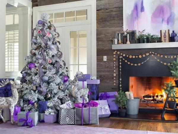 Imagenes de árboles de navidad decorados con morado