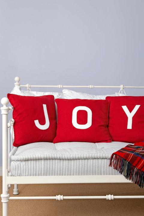 Almohadas alegres navideñas