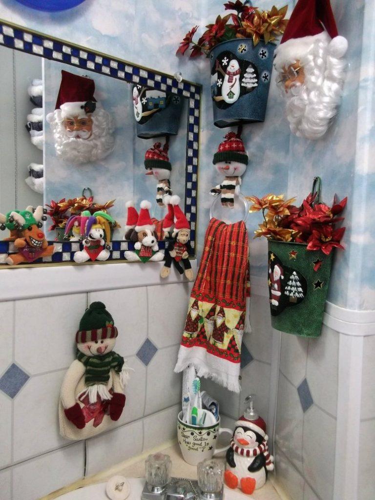 Ideas decorativas para el baño durante la navidad