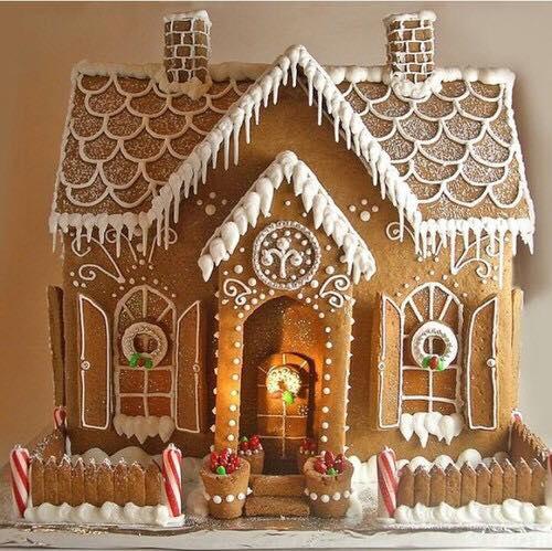 Galletas y decoracion navideña de pasteles