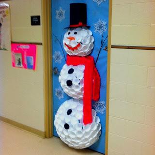 Reciclaje y decoración navideña de muñeco de nieve
