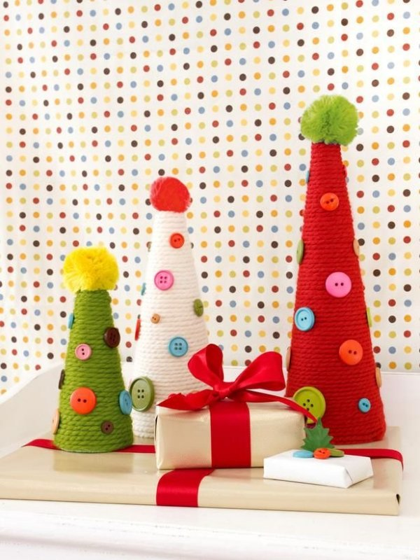 Como hacer pinos navideños para decorar reciclando