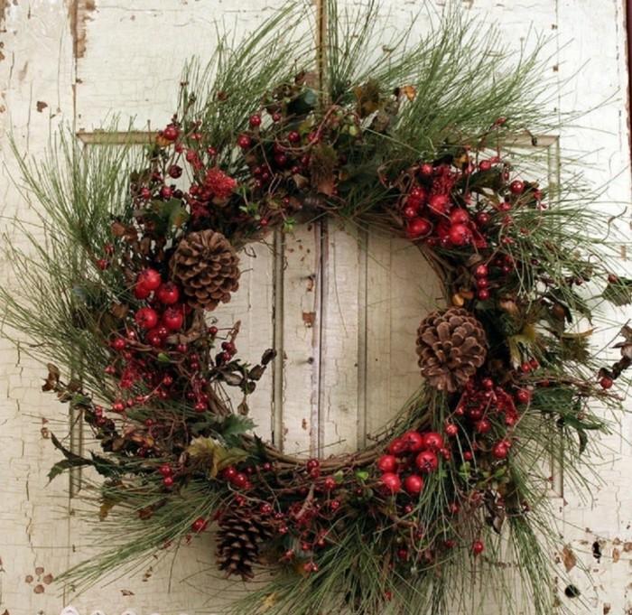 guirnalda-corona-de-navidad-para-la-entrada-de-la-casa