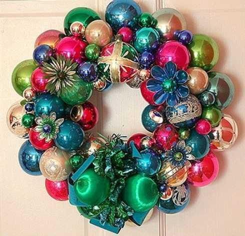 ideas-de-coronas-de-navidad-con-bolas