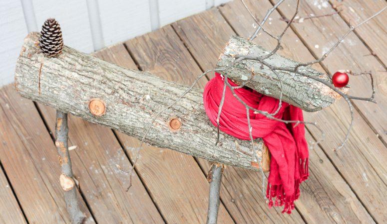 como-hacer-un-reno-de-navidad-con-troncos