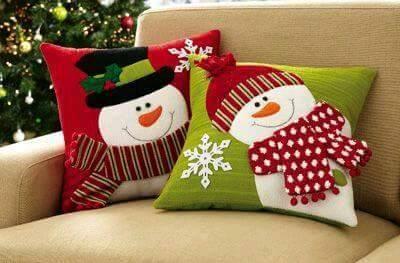 cojines-con-munecos-de-nieve-para-decorar
