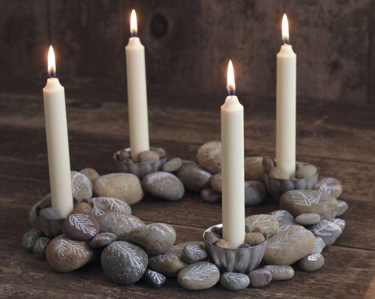 imagenes-de-coronas-de-adviento-con-velas-y-piedras