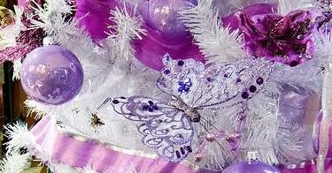 Detalles en color morado para el árbol de navidad
