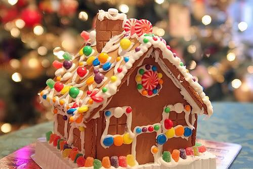 Casita de dulce para decorar pastel de navidad