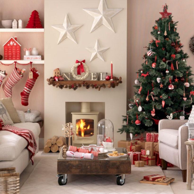 Salas de estar magníficas decoradas para la Navidad